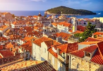 Walk and Panorama Tour with Dubrovnik Guide